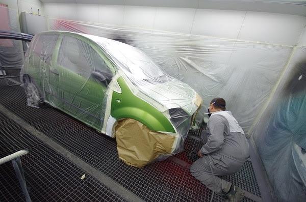 Spray peinture voiture